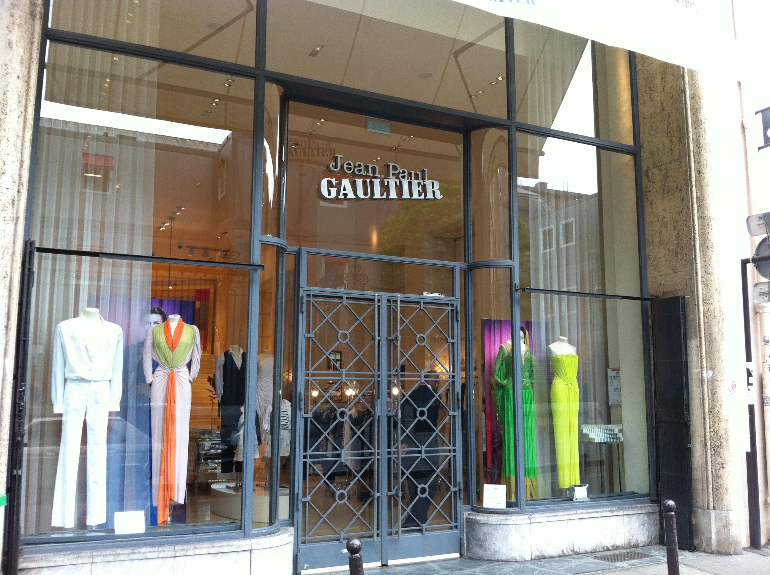 Tienda de Jean Paul Gaultier en Galeria Vivienne, París