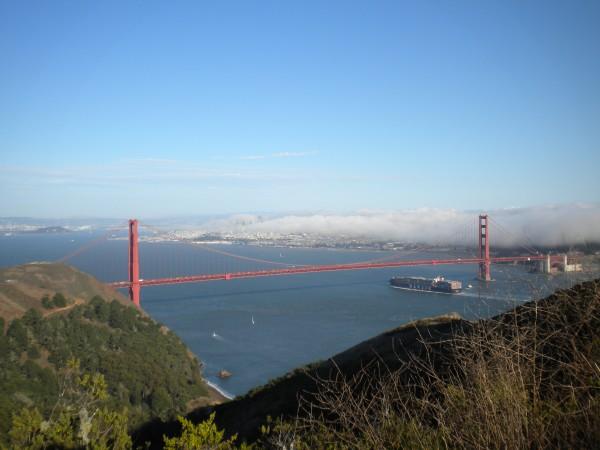 Vistas del Puente Golden Gate desde el Condado de San Marín. San Francisco