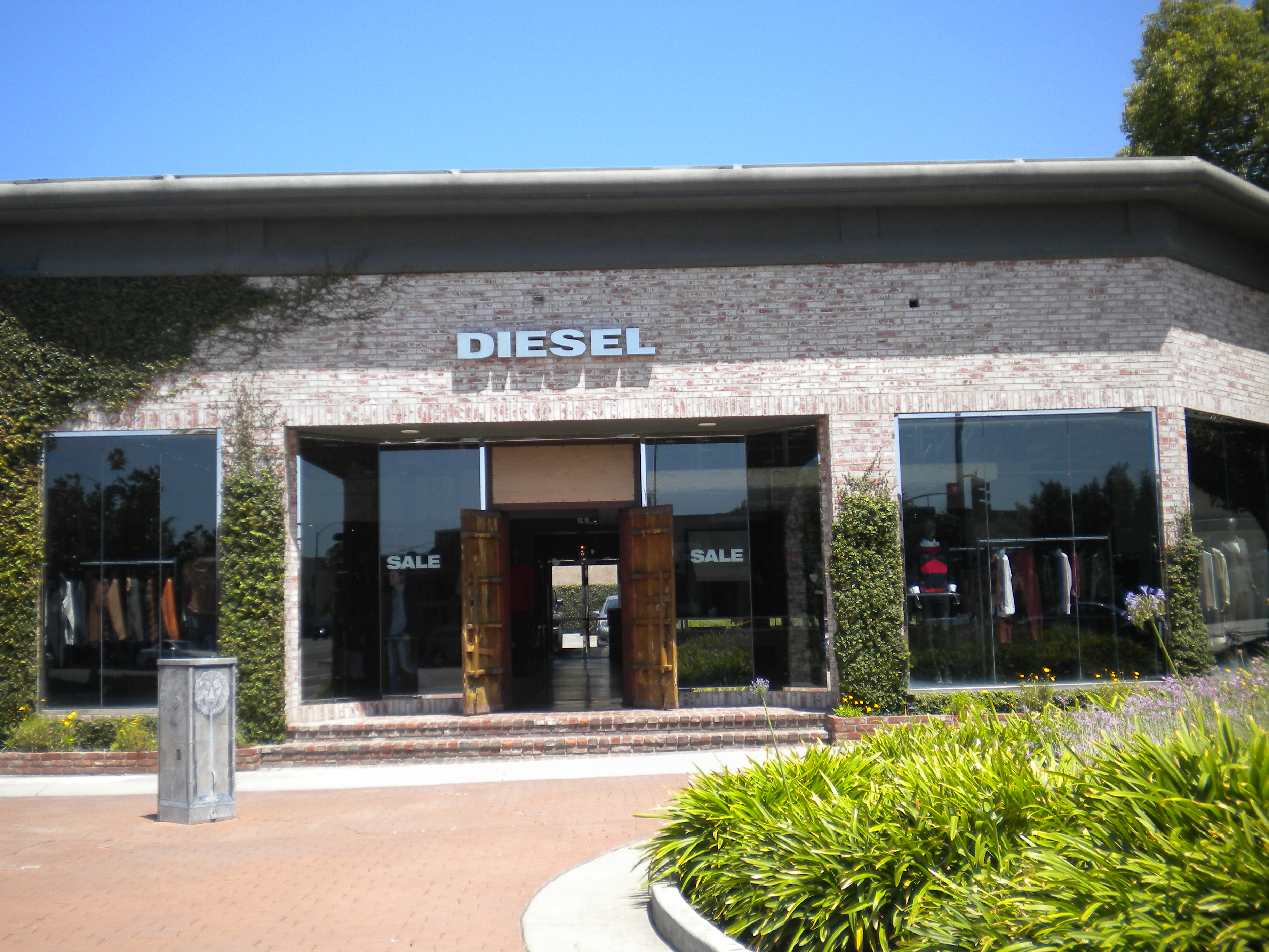 Diesel en Melrose Ave. Los Angeles