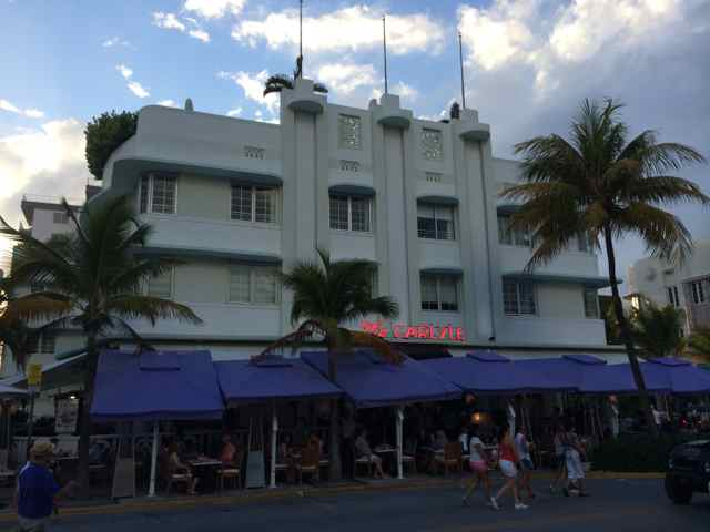 Hotel The Carlyle en Ocean Drive. Miami Beach