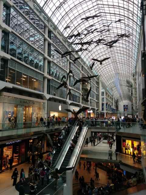 Interior del Eaton Centre. Toronto