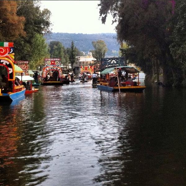 Canales de Xochimilco con las Trajineras. México DF