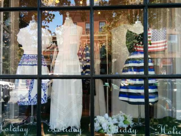 Colecciones preppy en la Boutique Holiday en Boston