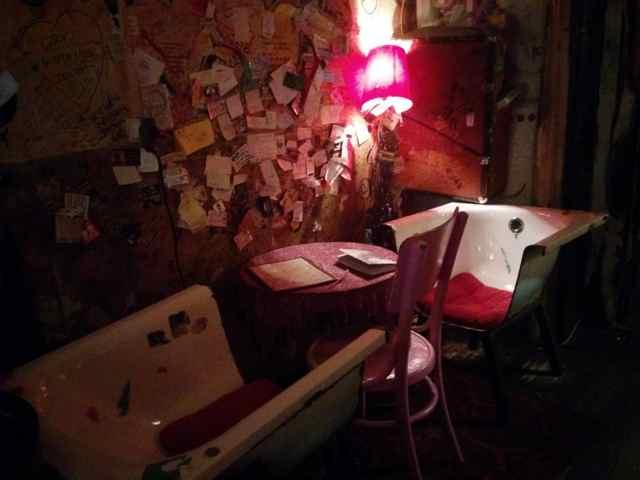 Visitar Budapest Ruta De Bares Brunch Cafés Y Ruin